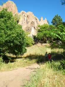 Colly and Kyle in the shadows by the trailhead at Settlers Park, which we explored later in the day.