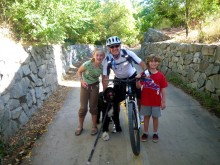 Morgan, the kids and Teddy reunite on the bike path this morning.