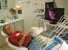 Video screens playing hits from the 1980s helped Morgan take his mind off his tooth pain and made the trip to the dentist slightly surreal.