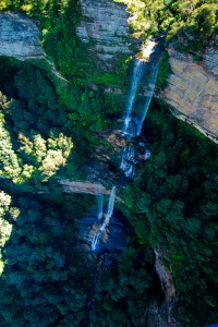 ... such as this view from the Skyway of Katoomba Falls.